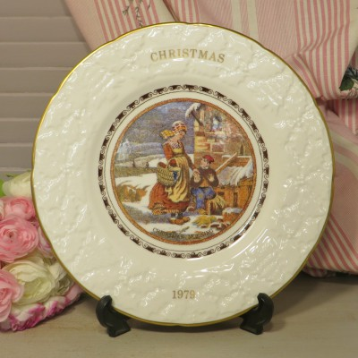 Christmas Plate Coalport 1979. The perfect piece for the Collector