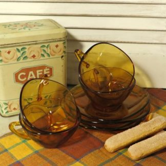 Set of 4 Amber Vereco Glass Espresso Cups and Saucers. A set of square glass espresso 1970s demi tasse