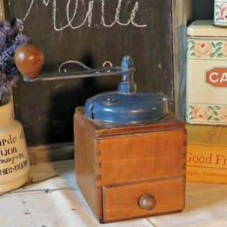 French Vintage Coffee Grinder.  This lovely coffee grinder would make a lovely addition to any coffee lovers kitchen.