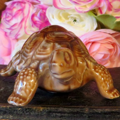 Wade Porcelain Brown Tortoise. Made in England this Tortoise is the 'Daddy' from the family of Tortoise made by Wade.