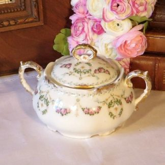 Victorian Covered Floral Sugar Bowl.  Charming Victorian sugar bowl decorated with swags and flowers hi lighted with gold gilding to the edges