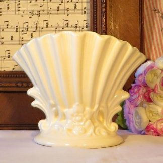 Sylvac Style Cream Vase.  A beautiful molded vase in the style of Sylvac.  Decorated with flowers and scrolls this pretty vase will look beautiful when full of fresh or faux flowers