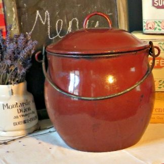 Large Brown French Enamel Crock/Stew Hanging Stew Pot.  A lovely crock pot that can be used over an open fire or directly on a stove top.  Use it in your vintage kitchen or as decor.