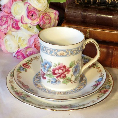 'Summer Glory' CoffeeTrio by Elizabethan China. A beautiful coffee trio by Elizabethan china decorated in pretty blue and pink flowers