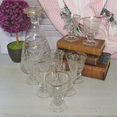 Engraved Liqueur Decanter and 8 Glasses