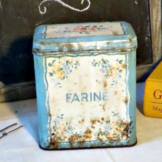 Shabby French Metal Floral Flour Tin.  A lovely shabby and rusty tin which would make a lovely decoration in your country style home.
