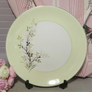 Johnson Bros 'Snowhite' Dinner Plate.  Lovely large dinner plate with a deep lemon rim and green foliage design
