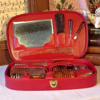 Gentleman's Travel Grooming/Vanity Set. This lovely grooming set from around the 1950s/60s would make a wonderful gift for the gentleman who likes to take care of himself whilst away from home.