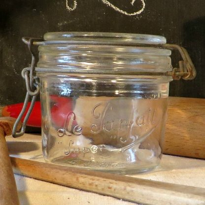 Small Le Parfait Glass Kitchen Storage Conserve Preserve Jar With Lid.  Perfect for jams