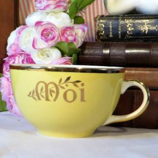 Yellow Villeroy & Boch 'Moi' Cup.  A lovely bright yellow jug Moi (Me) cup to brighten your day.