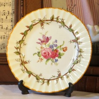Royal Worcester 'Florence' Salad Plate. A beautiful pattern originally produced in 1768 by Royal Worcester and reproduced by them in more recent times.